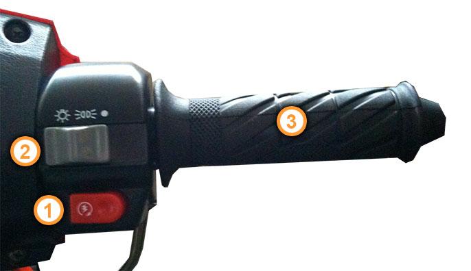 Gasgriff des F35 Motorroller mit Armaturen von Nova Motors.